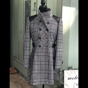 GUESS : black and white tweed leather coat